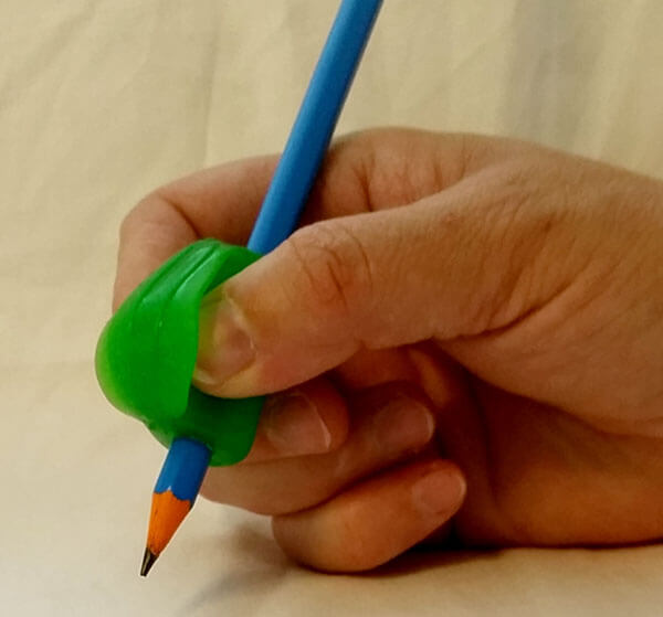 How to use Crossover Pencil Grip
